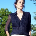 navy-blouse-white-slacks-nude-wedges-zara--living-the-vogue
